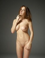 Adriana in First Fumbling Nudes by Hegre-Art (nude photo 3 of 12)