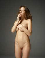 Adriana in First Fumbling Nudes by Hegre-Art (nude photo 5 of 12)