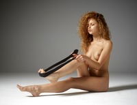Julia in Getting Naked by Hegre-Art (nude photo 10 of 12)