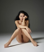 Belle in Introduction by Hegre-Art (nude photo 12 of 16)