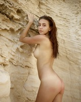 Alisa in Natural Wonder by Hegre-Art (nude photo 7 of 12)
