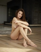 Arina in Nude Life by Hegre-Art (nude photo 8 of 12)