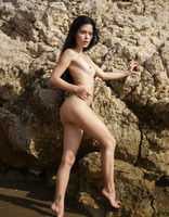 Belle in Nude Beach by Hegre-Art (nude photo 5 of 16)
