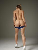 Darina L in Venus Woman by Hegre-Art (nude photo 5 of 12)