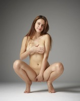 Alisa in Beauty Nudes by Hegre-Art (nude photo 2 of 12)