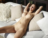 Alisa in Sunny Day by Hegre-Art (nude photo 2 of 12)