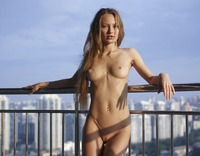 Jolie in Sexy Skyline by Hegre-Art (nude photo 3 of 12)