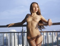 Jolie in Sexy Skyline by Hegre-Art (nude photo 8 of 12)
