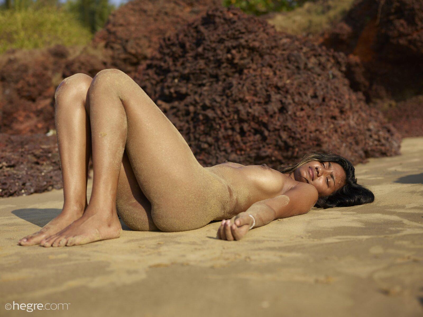 Nuna In Nude Beach In India By Hegre-Art 12 Photos -6918