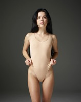 Belle in Naked Truth by Hegre-Art (nude photo 1 of 16)