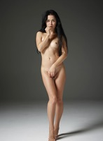 Belle in Naked Truth by Hegre-Art (nude photo 7 of 16)