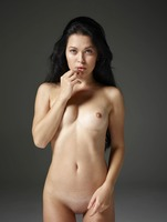 Belle in Naked Truth by Hegre-Art (nude photo 9 of 16)