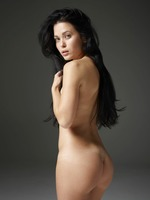 Belle in Naked Truth by Hegre-Art (nude photo 10 of 16)