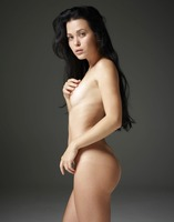 Belle in Naked Truth by Hegre-Art (nude photo 12 of 16)