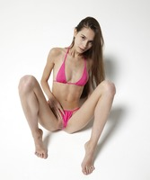 Leona in Mini Bikini by Hegre-Art (nude photo 7 of 12)