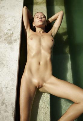 12 Pics: Clover in Naked Pool Art by Hegre-Art