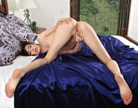Aiden Ashley Spreads (nude photo 9 of 16)