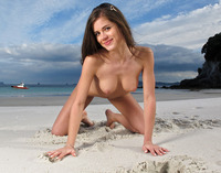 Caprice on the Beach (nude photo 6 of 16)