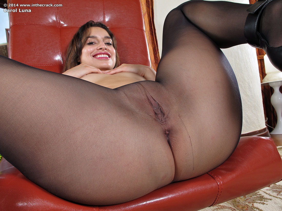 Carol Luna In Pantyhose Closeups By In The Crack 15 -5718