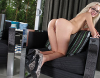 Elsa Jean in Girlcum by In The Crack (nude photo 9 of 15)