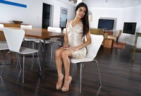 Veronica Rodriquez in Sexy Dress by In The Crack (nude photo 3 of 15)