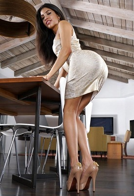 15 Pics: Veronica Rodriquez in Sexy Dress by In The Crack