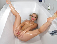 Jemma Valentine in Bathtime by In The Crack (nude photo 13 of 15)