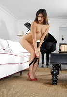 Zaya Cassidy in Make It Drip by In The Crack (nude photo 4 of 15)