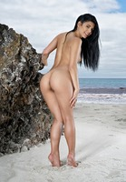 Gina Valentina in Ocean Life by In The Crack (nude photo 5 of 15)