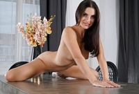 Jasmine Jazz in Glamour Spreads by In The Crack (nude photo 12 of 15)
