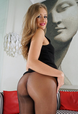 15 Pics: Tiffany Tatum toying pussy and ass in closeup shots by In The Crack