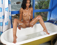 Skin Diamond in Bath Play by In The Crack (nude photo 6 of 15)