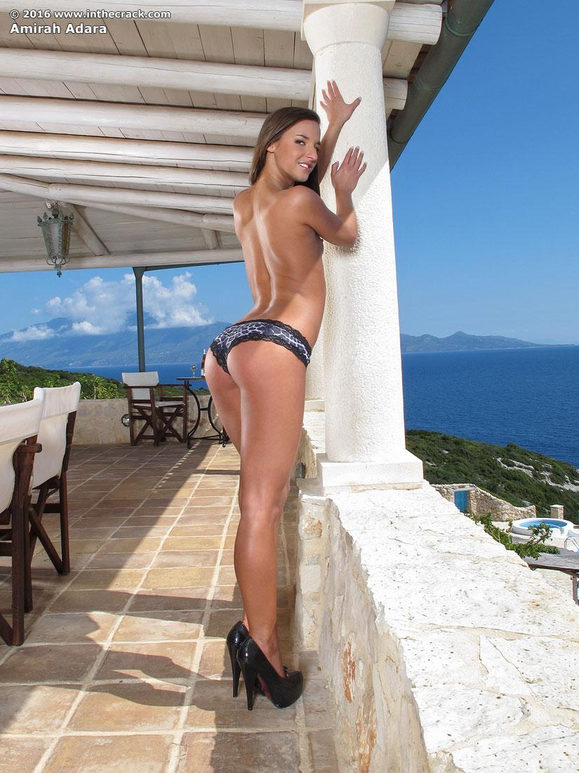 Amirah Adara In Nice Views By In The Crack 15 Photos -5033