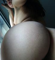 Amateur in Artistic Selfpics (nude photo 4 of 16)