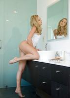 Lena in Sweet Beauty (nude photo 3 of 16)