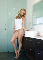Lena in Sweet Beauty (nude photo 5 of 16)