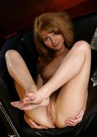 Darien in Friend (nude photo 13 of 18)
