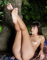 Kenna A in Dignitas (nude photo 12 of 16)