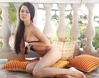 Amelie B in Viela (nude photo 8 of 16)