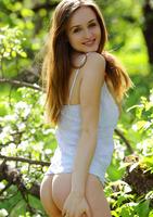 Vittoria A in Gnorizo (nude photo 3 of 18)