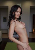 Marica A in Essere (nude photo 5 of 18)