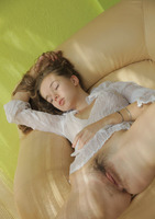 Milena D in Nacele (nude photo 6 of 16)