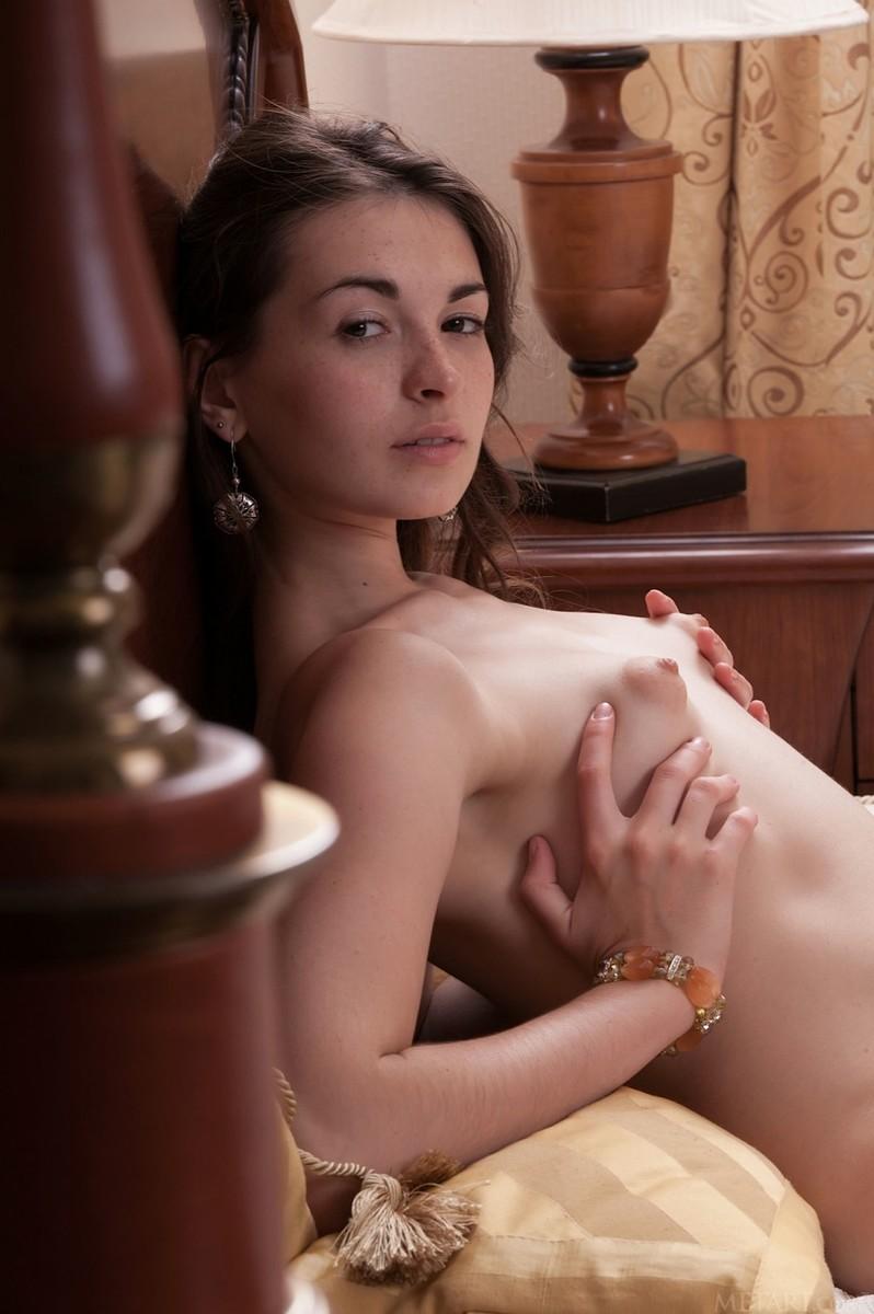Lukki Lima In Puffy Nipple Tease By Met-Art 15 Photos -7827