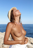 Mango A in Basereth (nude photo 6 of 16)