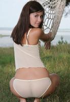 Irina J in Anaphe (nude photo 4 of 16)