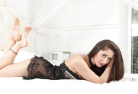 Presenting Assoli (nude photo 3 of 16)