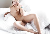 Blue Eyed Jenni (nude photo 6 of 20)