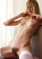 Natural Erotic Babe Marena (nude photo 13 of 18)