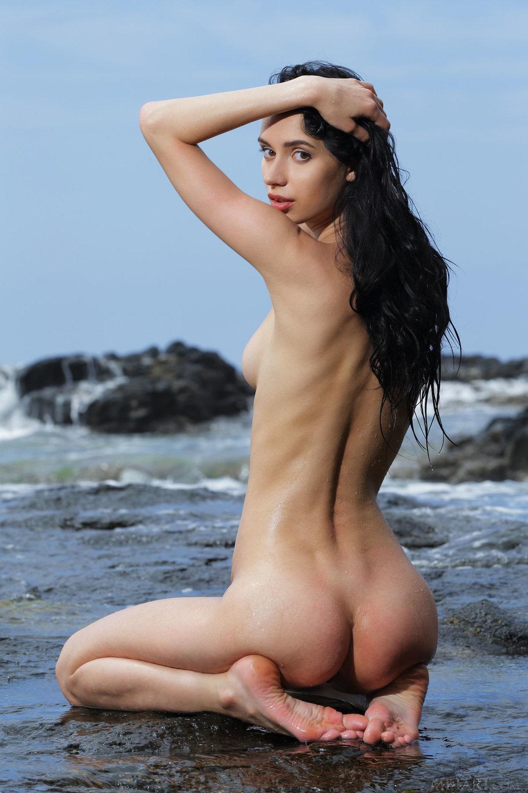 Choli nude dita rose naked patrick butt