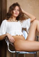 Maslyn in Inowa by Met-Art (nude photo 3 of 16)